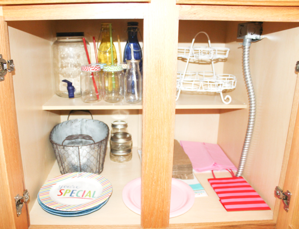 kitchen drawer organization - entertaining