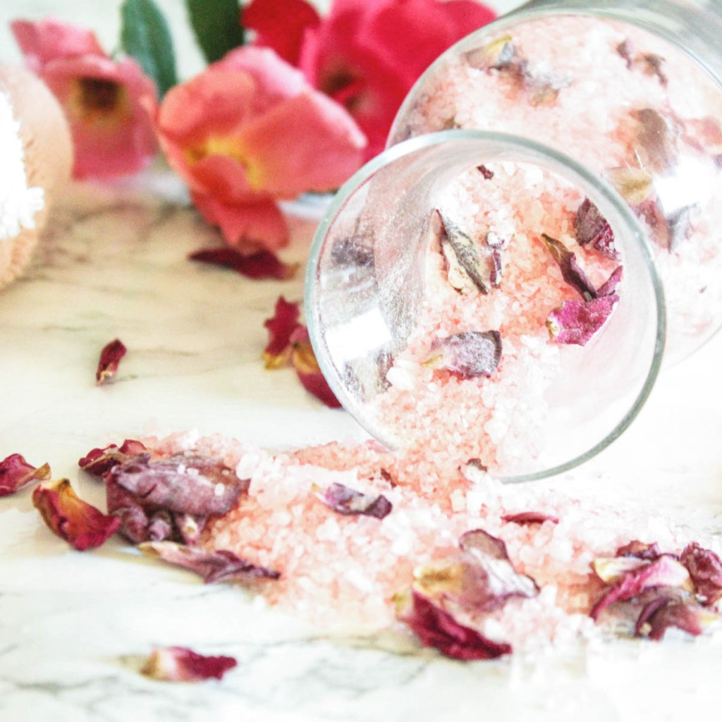 Dried Rose Petals Bath Salts - At home With Zan