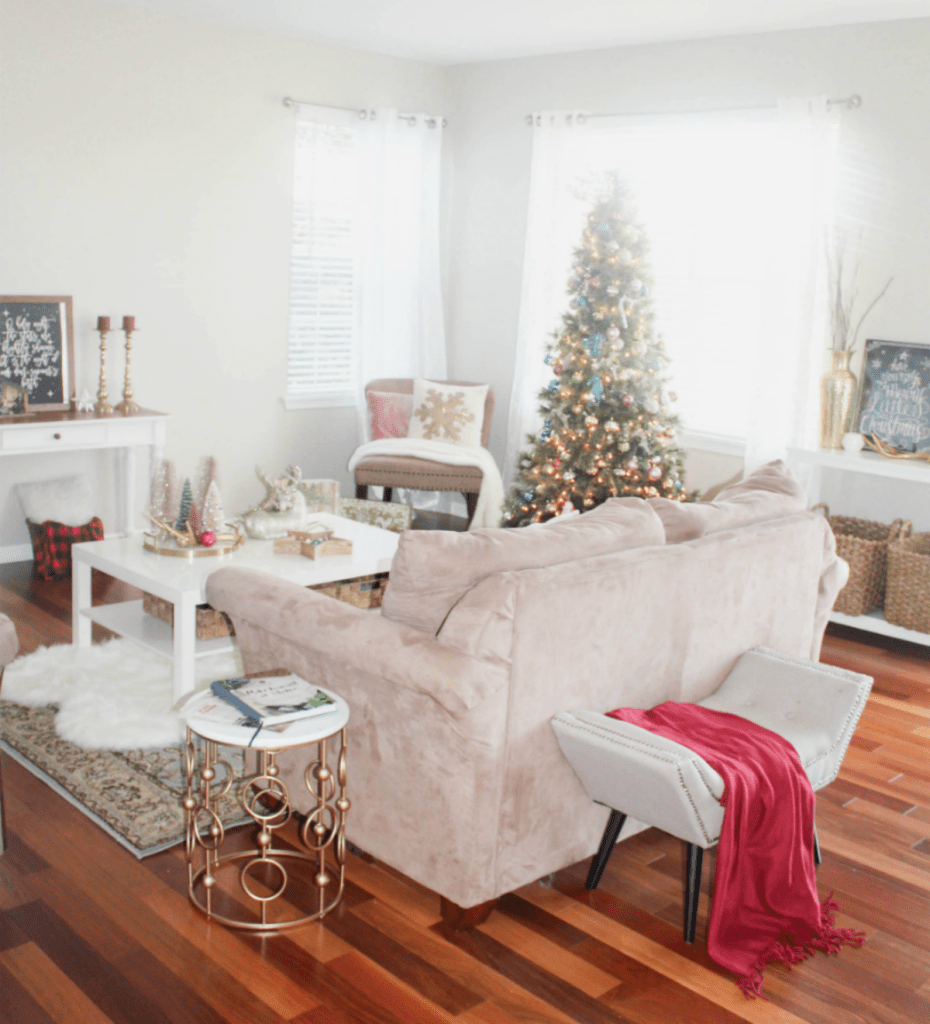Holiday Home 2018 - Living Room and Entry - At Home With Zan--