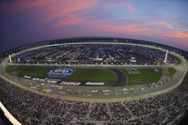 APTOPIX_NASCAR_Atlanta_Auto