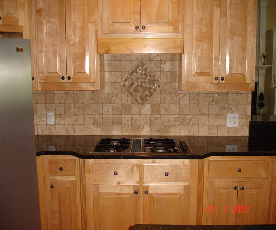 travertine tile backsplash ideas kitchen travertine kitchen tile kitchen backsplash