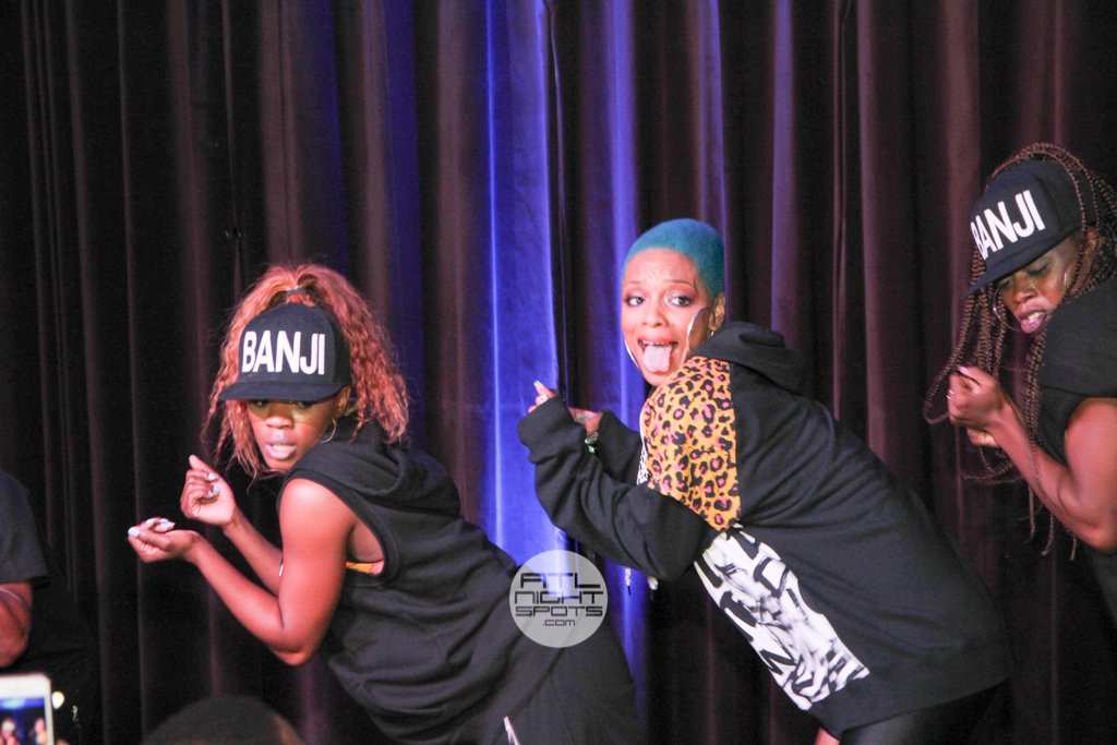 77 Online Missy Elliott, Ronnie Devoe & Sharaya J At Suite Lounge