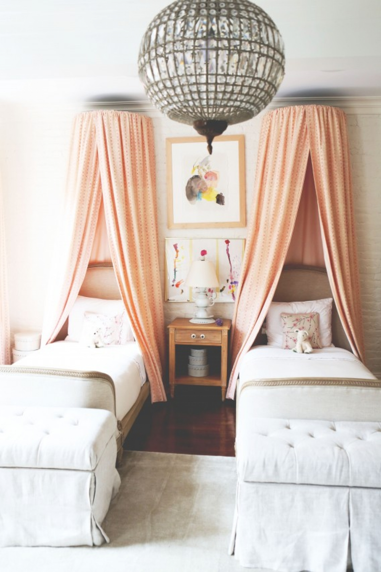 Little Girl Canopy Bed Ideas The Canopy Over The Bed Atomorfen
