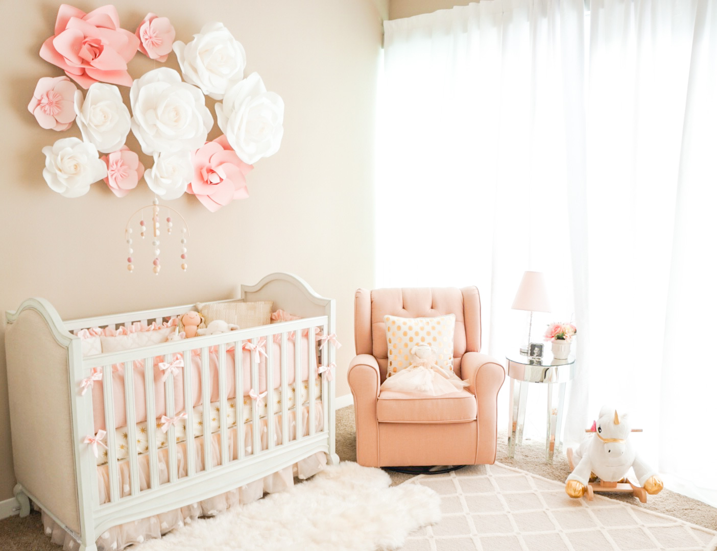 Long Island Babykamer My Baby Girl's Nursery... - A Touch Of Pink