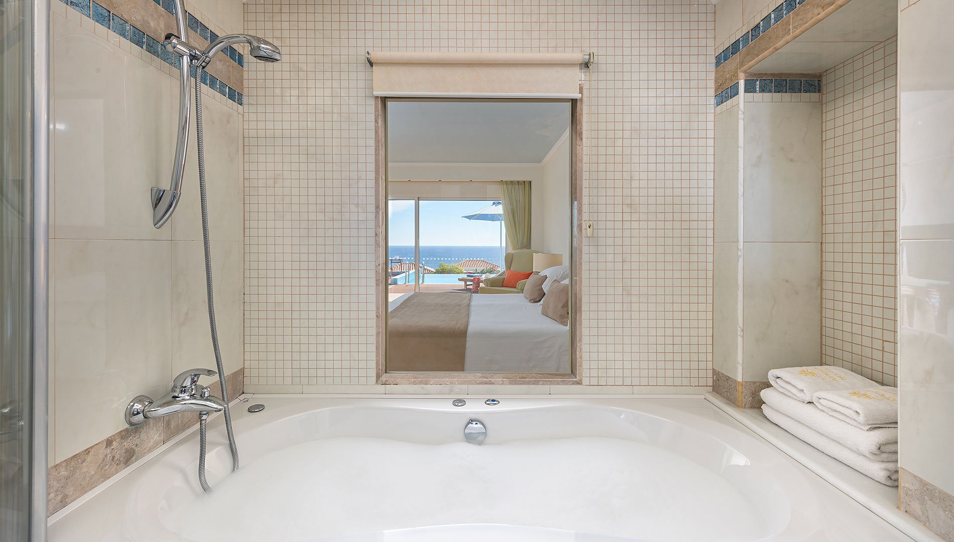 Jacuzzi Pool Deluxe Deluxe Sea View Room With Private Pool Rhodes Greece