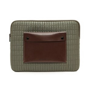 Marc-by-Marc-Jacobs-quilted-nylon-laptop-sleeve