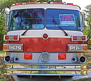 1989 Sutphen Pumper Truck for Sale in Austin TX Front