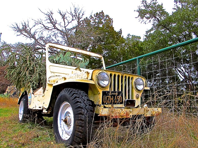 Jeep Planter in Wimberley
