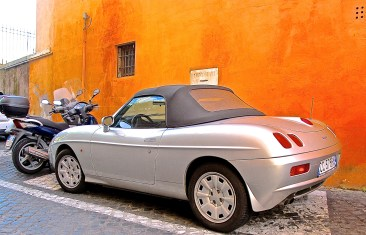 Fiat Barchetta in Rome, Italy side view