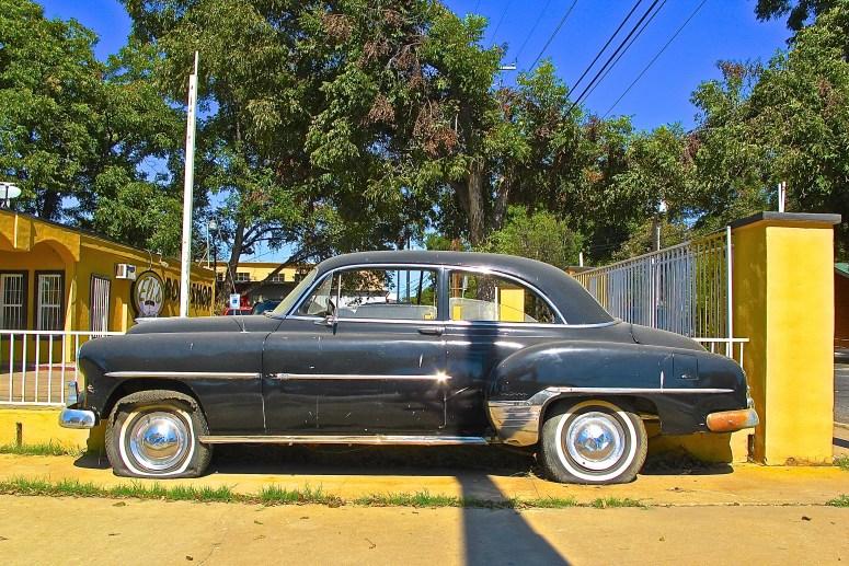1951-chevrolet-half-car-in-austin-tx-atxcarpics-com-3