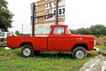 truck-1959-ford-4x4-diesel-side-view