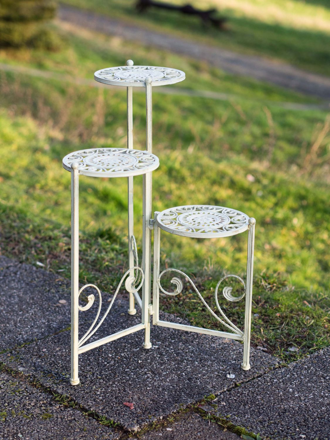 White Pedestal Plant Stands 3 Stage Flowers Bank Nostalgia Stand Plant Stairs Iron