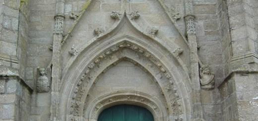 Porche de l'église St Onneau