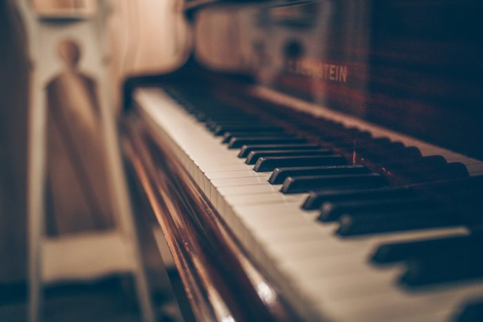 How To Easily Record Pianos Keys And Synths Audio - Bilder Klavier