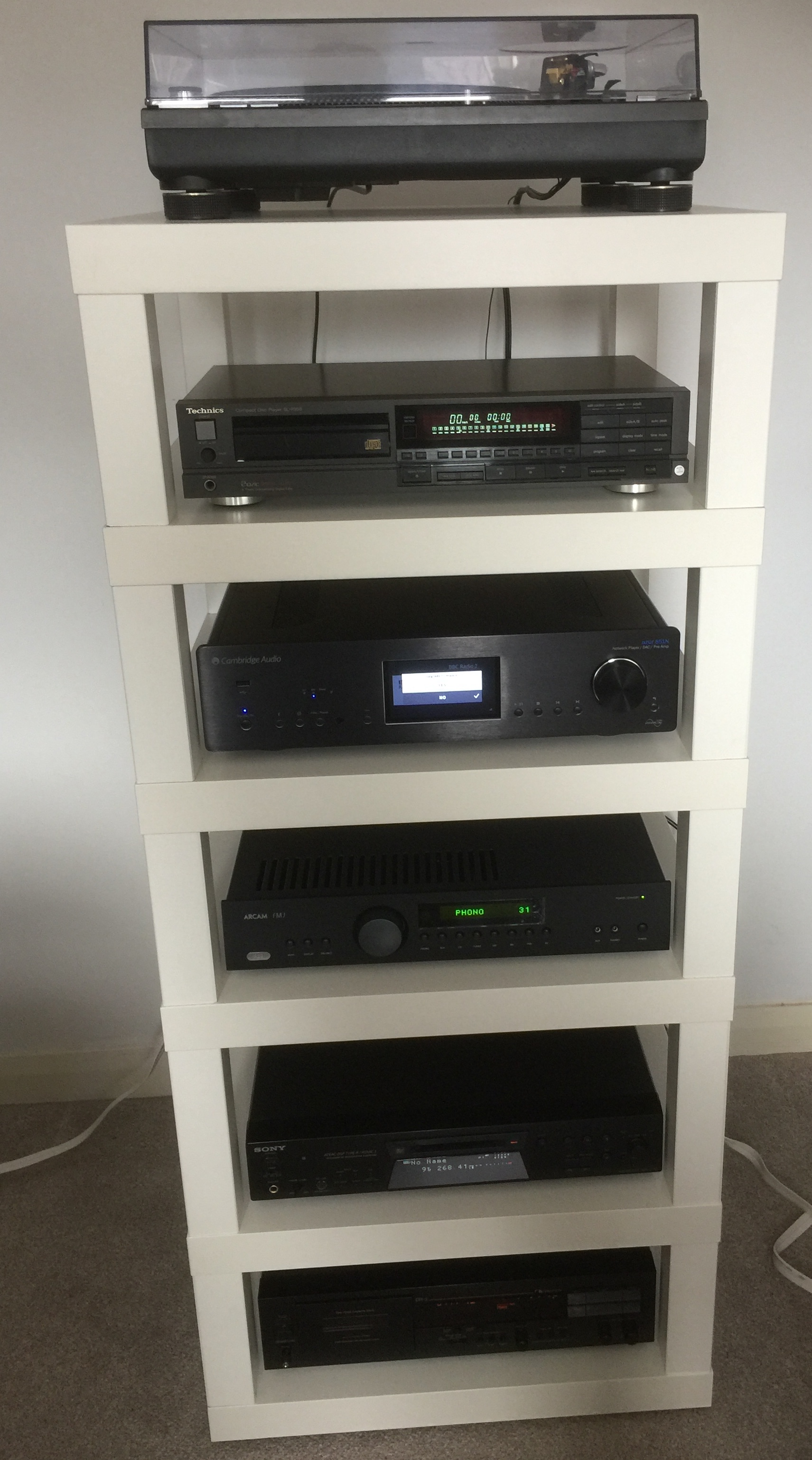 Hifi Rack Abschließbar Build A Diy Hi Fi Rack Using Ikea Lack Tables Audio