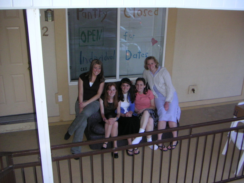 Lainie, Audrey, Camille, Linda, and Shae