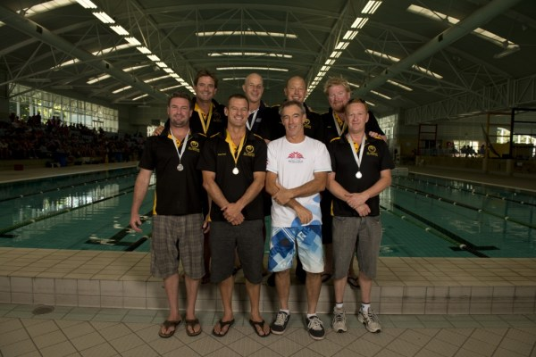2013 Australian Men's Masters Underwater Hockey team. Photo by Jack Robert-Tissot.