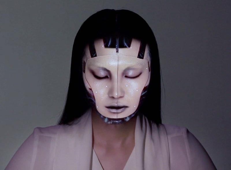 Wizualny mapping na… twarzy