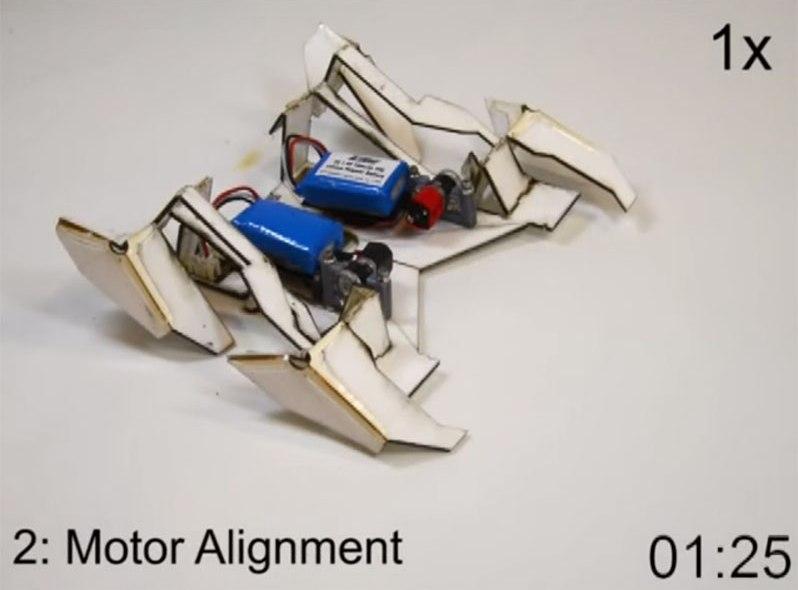 Samoskładający się robot-origami