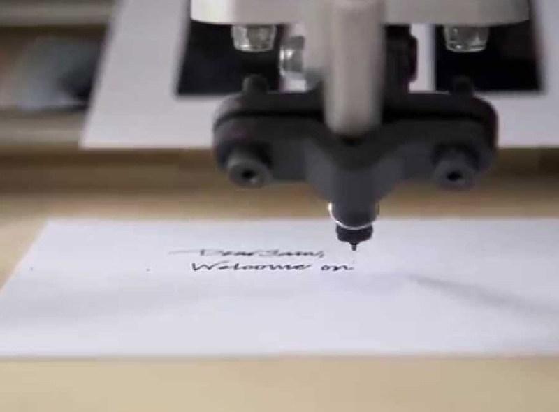 Roboty listy piszą