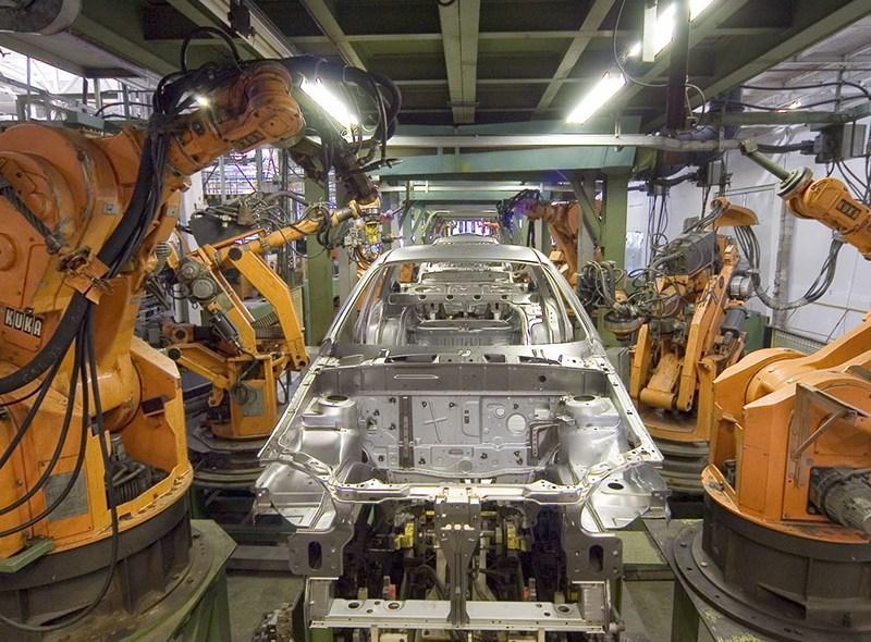 """Rzekomy """"bunt maszyn"""", czyli o wypadku w fabryce Volkswagena"""