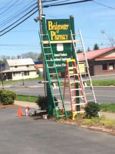 www.augustasigncompany.com-virginia-Restoring-Large-Wood-Sign