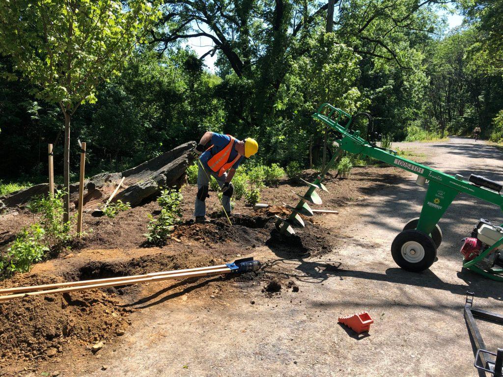 www.augustasigncompany.com-staunton-va-24401-sign-builders-contractors-signage-signs