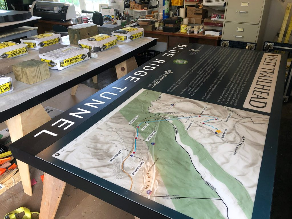www.augustasigncompany.com-24401-kiosks-trailmaps-trail-signs