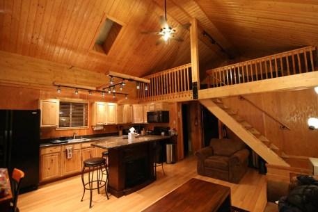 Logan's Chalet - Aurora Borealis Lodge