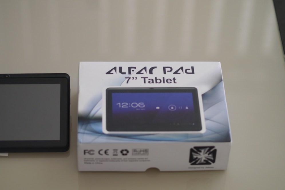 Alfar Pad next to the box