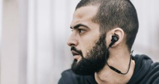 Bang & Olufsen release their first wireless earphones, the Beoplay H5