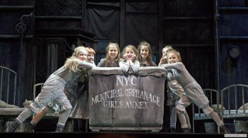 The orphans in Annie, Melbourne - Image by Belinda Strodder (artsphotography.net.au)