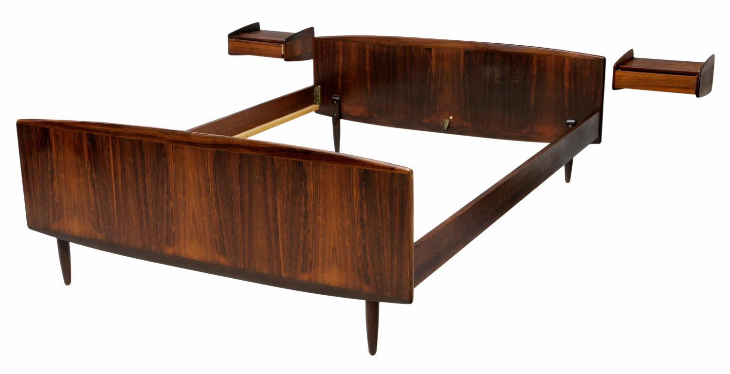 Modern Bed Stand Danish Mid Century Modern Rosewood Bed And Stands Italian