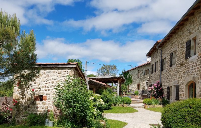 Cheminees Auvergnates La Ferme D'arcan | Authentic Luxe Locations