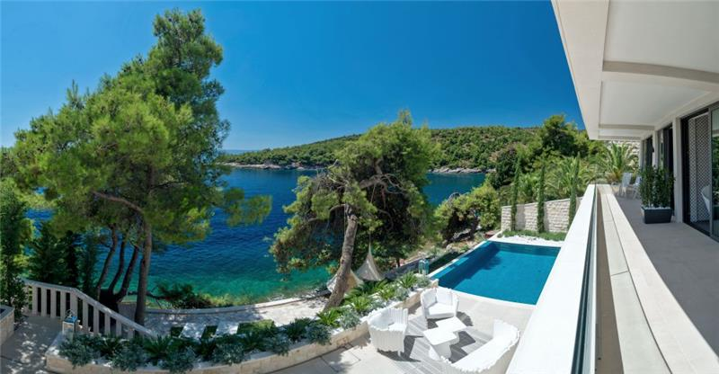 Luxury Beachfront Villa w/Heated Pool - Croatian Villas