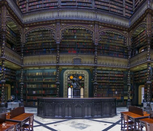 Biblioteca Real Gabinete Português de Leitura ~ Rio de Janeiro, Brazil. Image Source: Flickr user Sandro Henrique