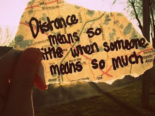 Long Distance Relationship Wallpapers With Quotes Je Vis Une Amiti 233 224 Distance 5 Chacun A Sa Culture