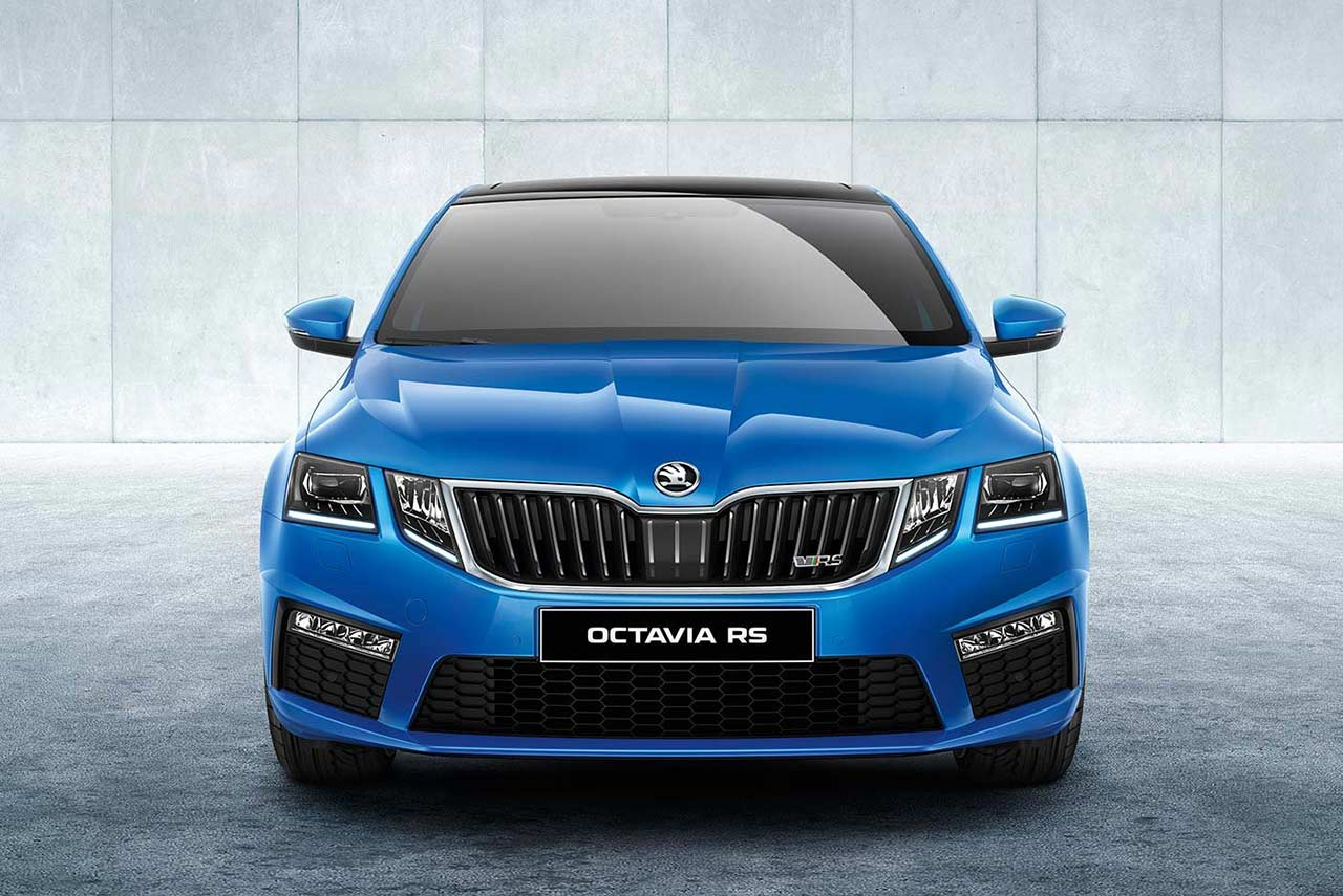 Skoda Octavia Vrs White 2017 Skoda Octavia Vrs Launched In India At Inr 24 62 Lakh