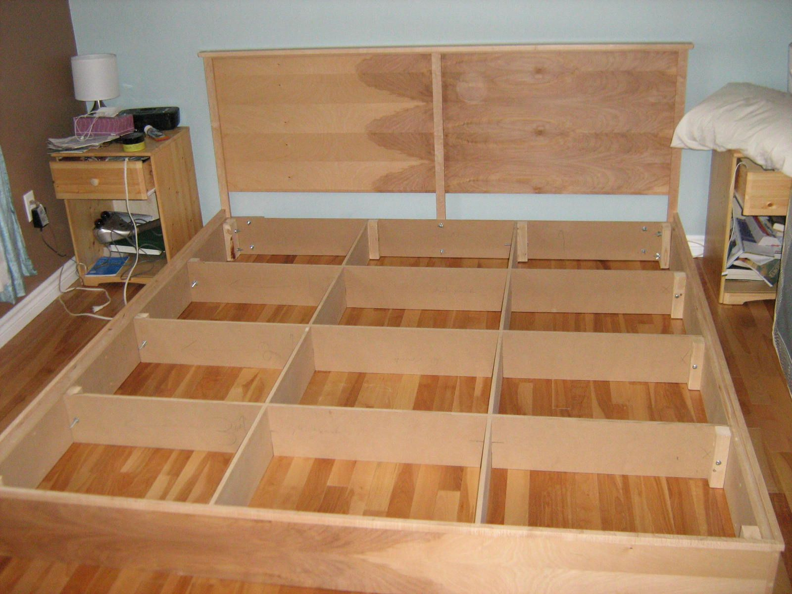 Diy Platform Bed Base Woodwork King Platform Bed Building Plans Pdf Plans