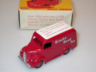 Dinky Toys Brooke Bond Tea