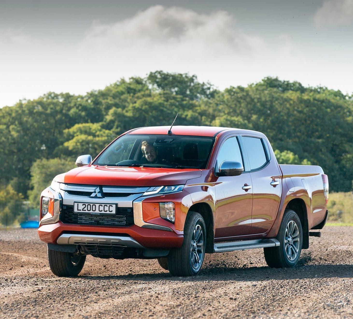 Easy Select Vs Super Select Mitsubishi 4wd System Delivers All Terrain Performance