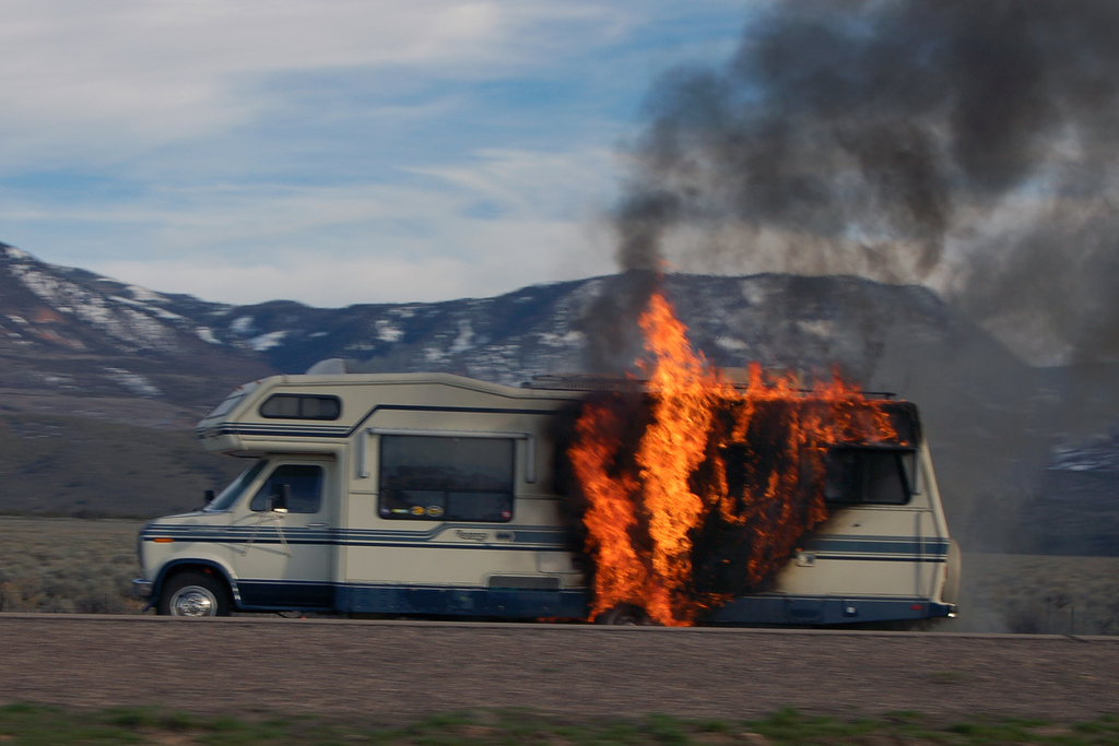 I90 Motors Rv Rv Humor Please Wait For Elements To Load