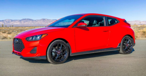 The New Hyundai Veloster Turbo Packs a Memorable Drive