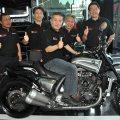 Motor Baru, Yamaha VMAX Indonesia Resmi Diluncurkan Pada Jumat, 22 November 2013: Yamaha VMAX Indonesia : Moge Cruiser Yamaha Untuk Pasar Indonesia