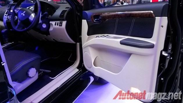 Mitsubishi Pajero Sport door trim