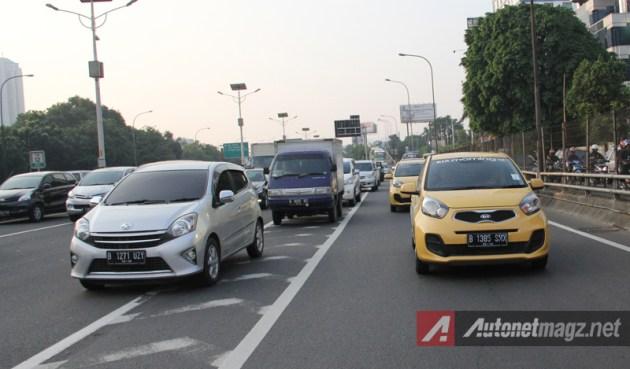 Kia Morning vs Toyota Agya