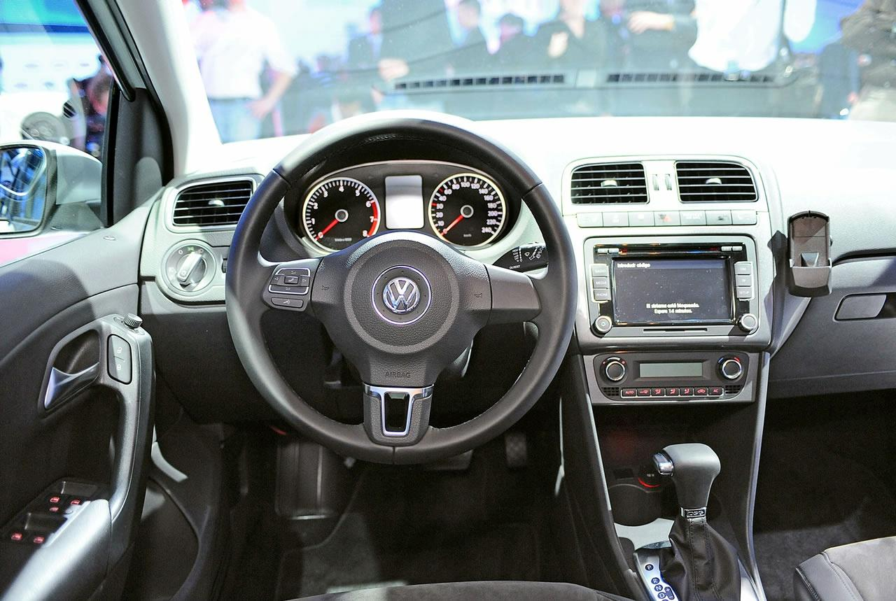 Volkswagen Polo 2009 Interieur Live In Geneva Volkswagen Polo Mk V And Bluemotion