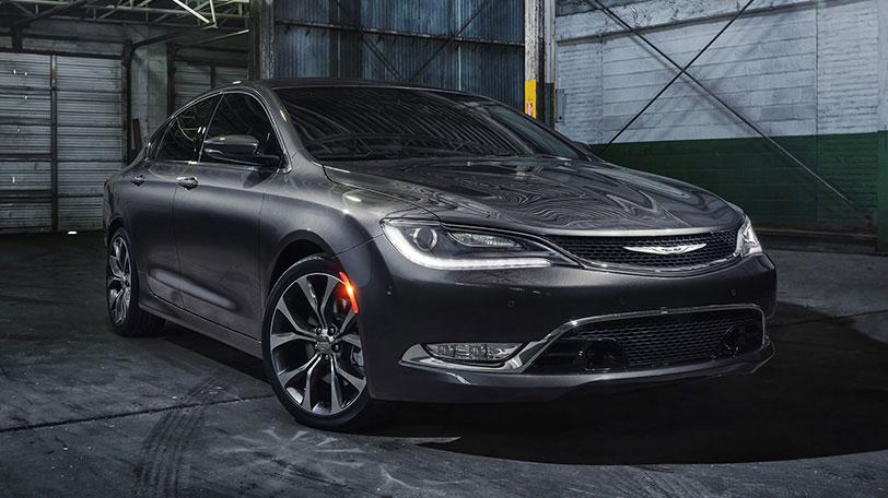 Chrysler_200_Front