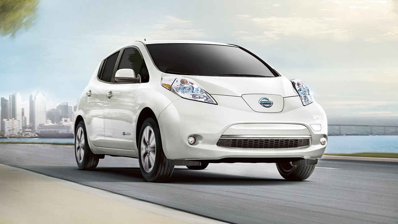 nissan leaf in Qatar