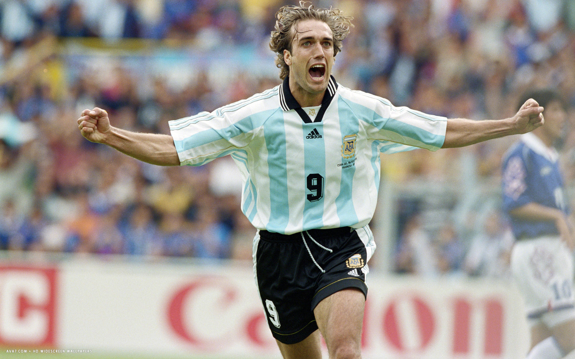 3d Wallpaper Widescreen Gabriel Batistuta Football Player Hd Widescreen Wallpaper